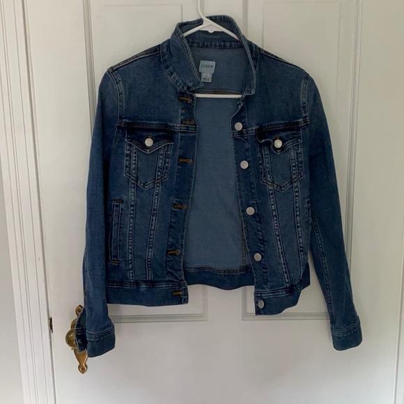 J crew denim jacket. Size XS. Stretchy denim